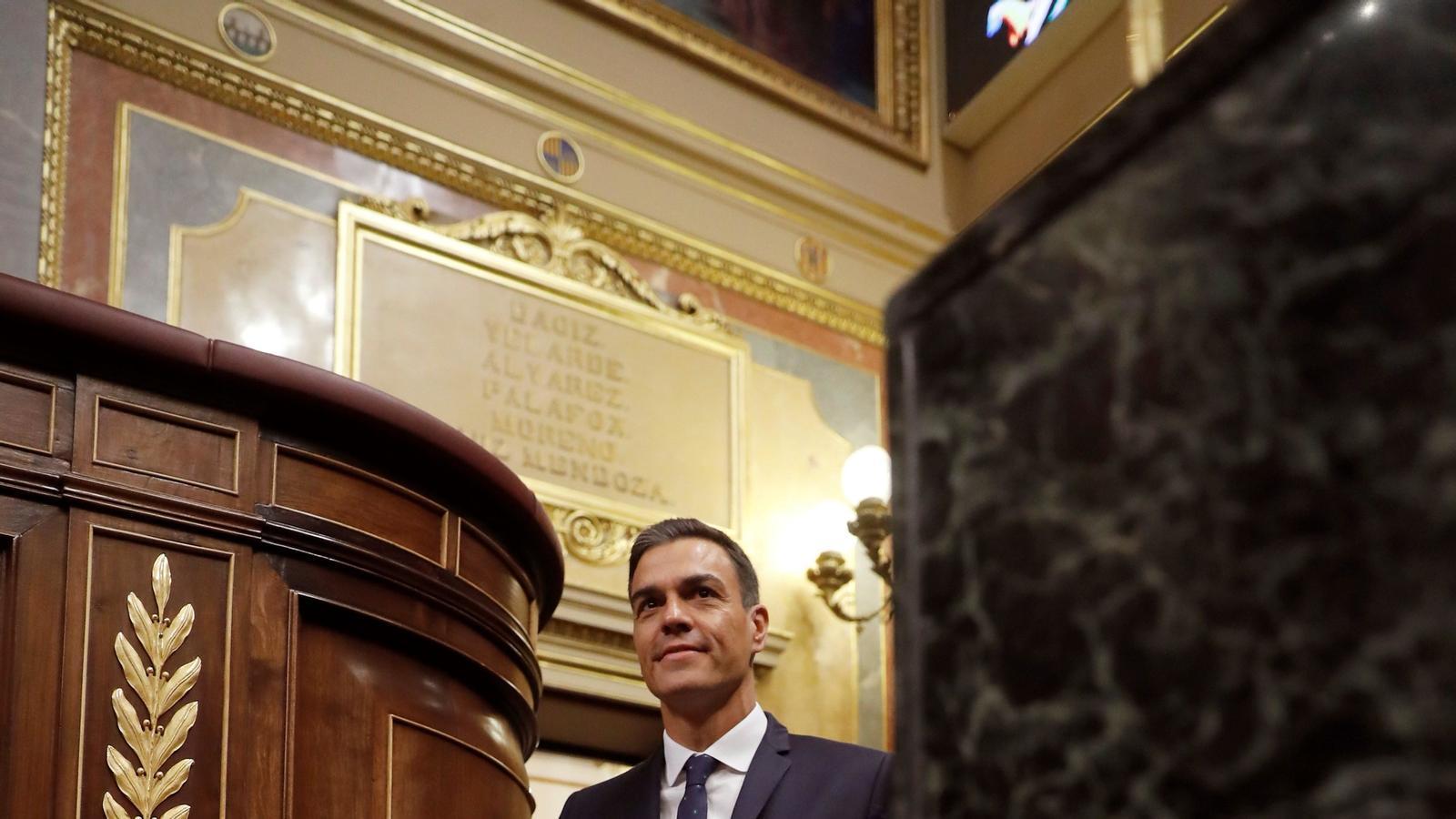 Sánchez torna al dèficit de Rajoy per evitar el bloqueig de Cs i el PP
