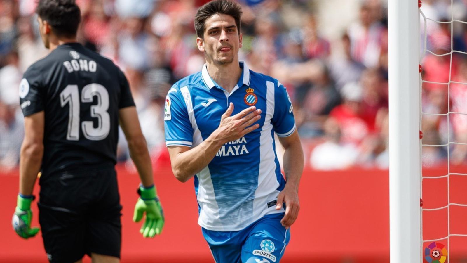 Gerard Moreno celebra el gol que trencava la cinquena pitjor sequera golejadora de l'Espanyol