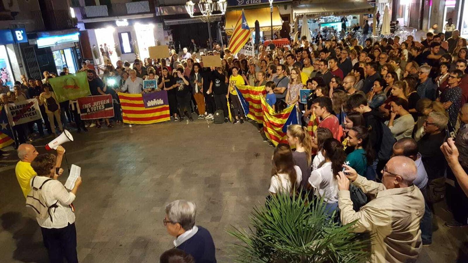 Milers de persones clamen a Mallorca contra la sentència al Procés