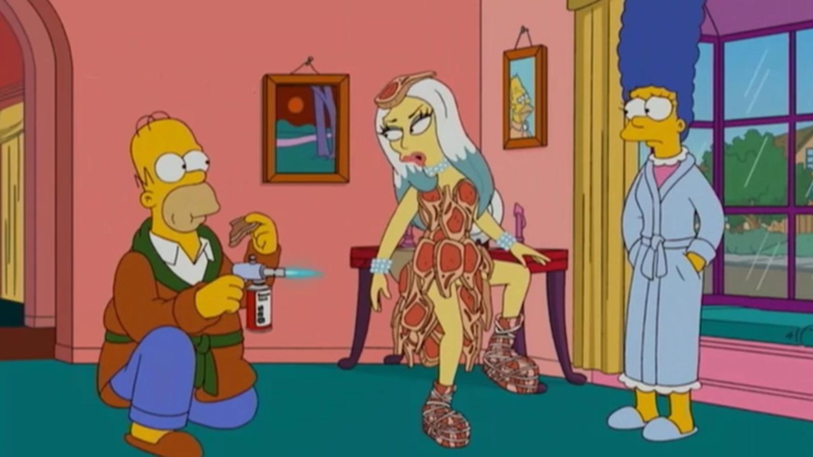 Homer Simpson es vol menjar els bistecs de Lady Gaga