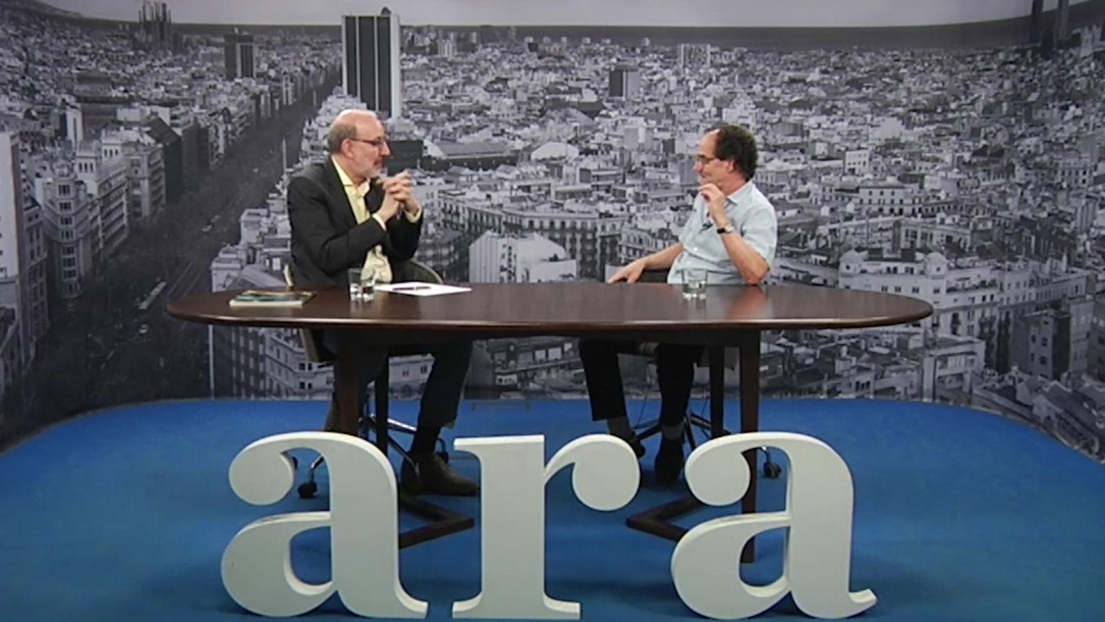 Entrevista d'Antoni Bassas a Carles Riart