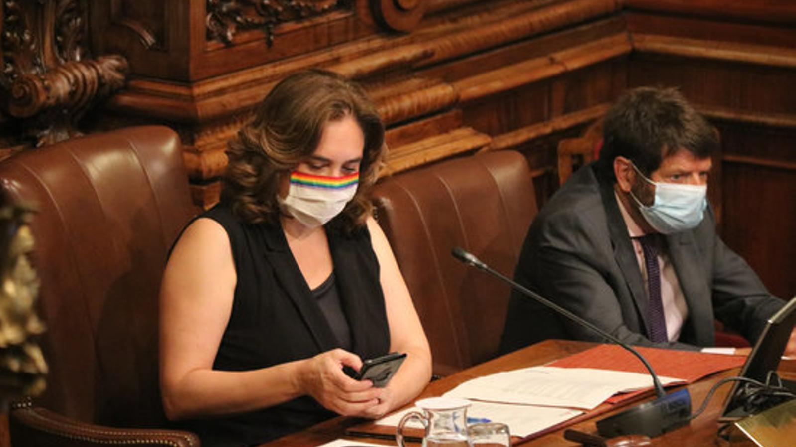L'alcaldessa de Barcelona, Ada Colau, en el ple extraordinari sobre la monarquia d'aquest dijous