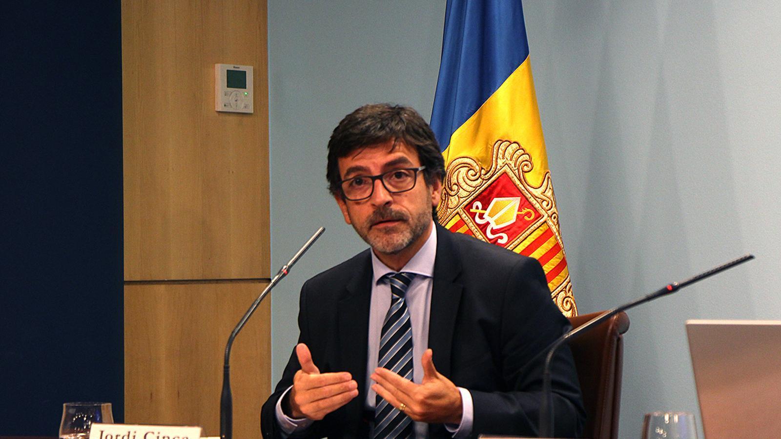 El ministre Jordi Cinca durant la roda de premsa d'aquest dimecres. / M. F. (ANA)