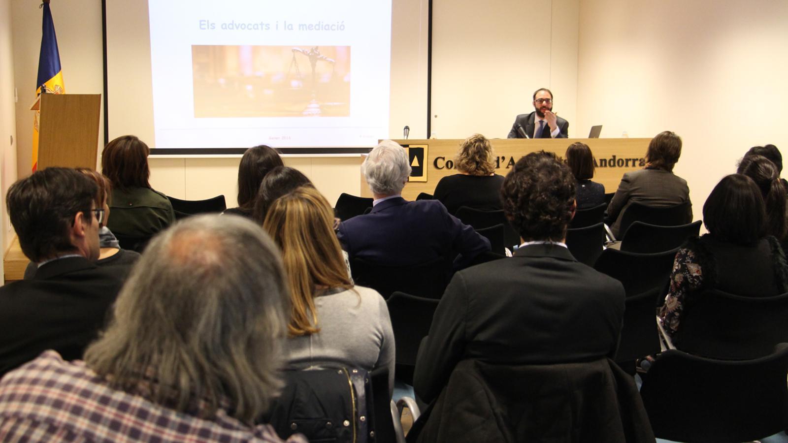 Conferència 'La mediació i la relació entre advocats i mediadors'./M.B. (ANA)