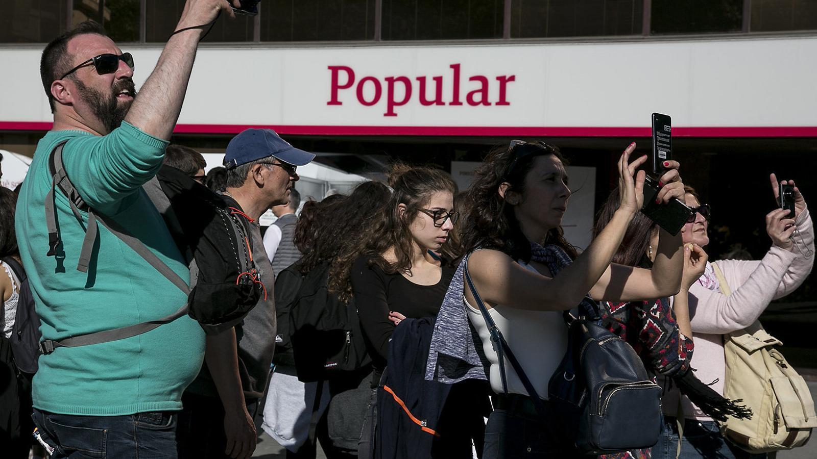 """El BCE va valorar que el Popular era """"incapaç de pagar els deutes"""""""