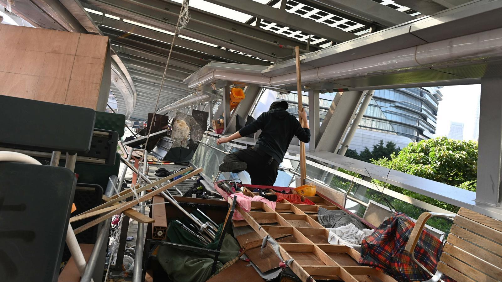 Hong Kong: de les barricades a buscar refugi als centres comercials