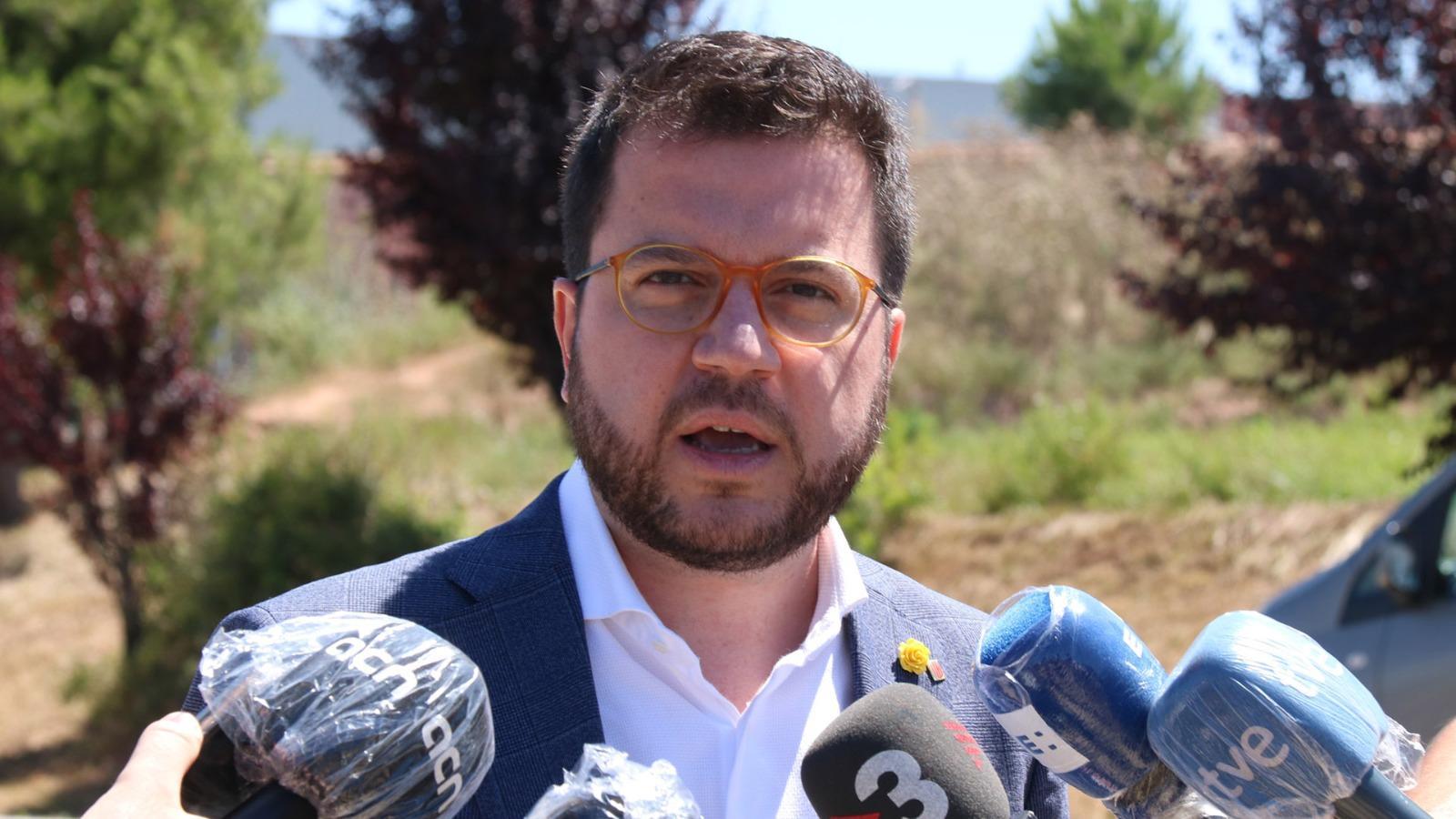 """L'anàlisi d'Antoni Bassas: """"Puigdemont apareix i Aragonès parla de confrontació"""""""