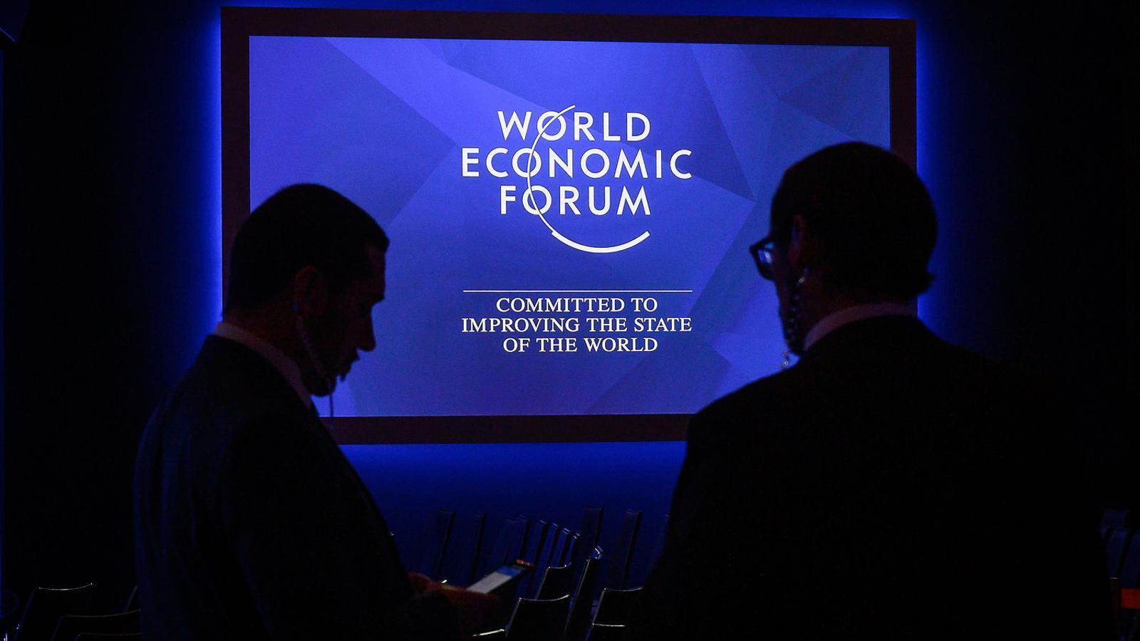 01. El Fòrum de Davos agrupa els principals líders polítics i empresarials. 02. L'inversor Seth Klarman.