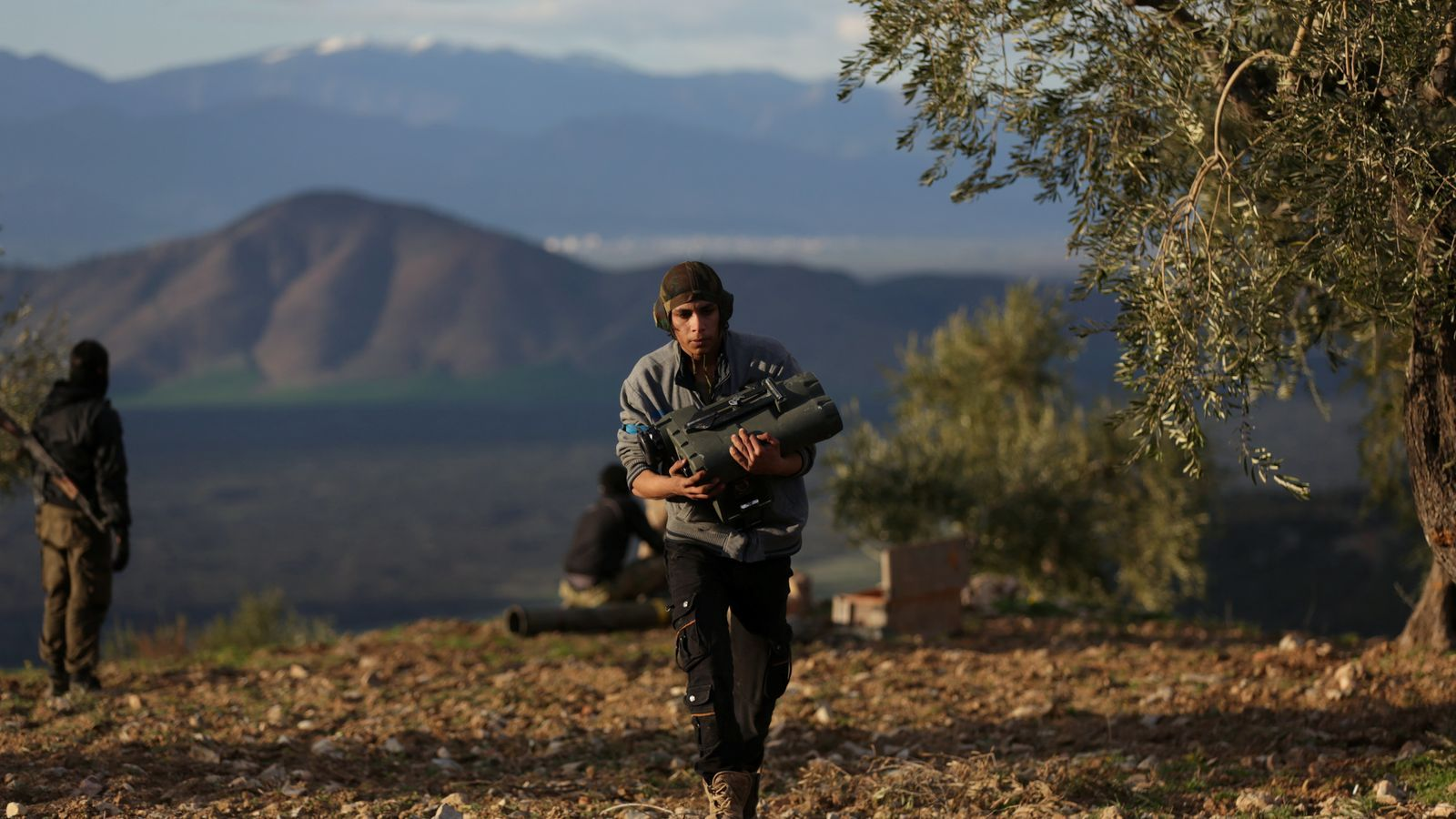 Combatents rebels sirians participen a l'ofensiva turca sobre Afrin.