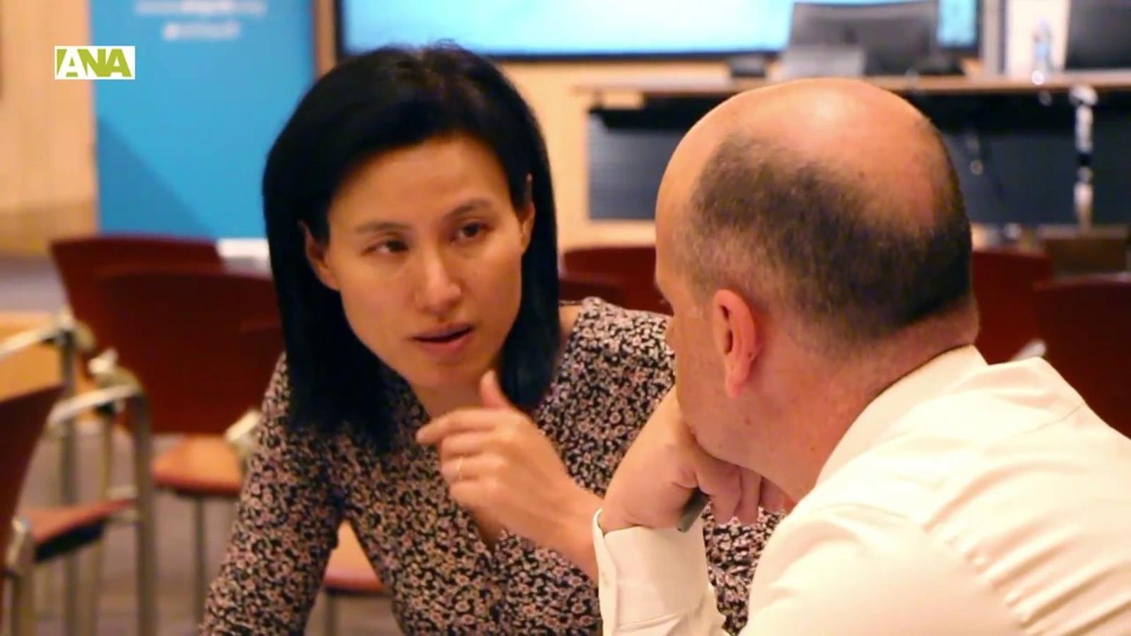 Els emprenedors del LAB Impact Andorra reben l'ajut de diferents mentors