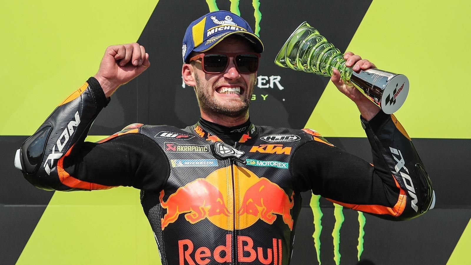 Binder fa història en el Gran Premi de la República Txeca