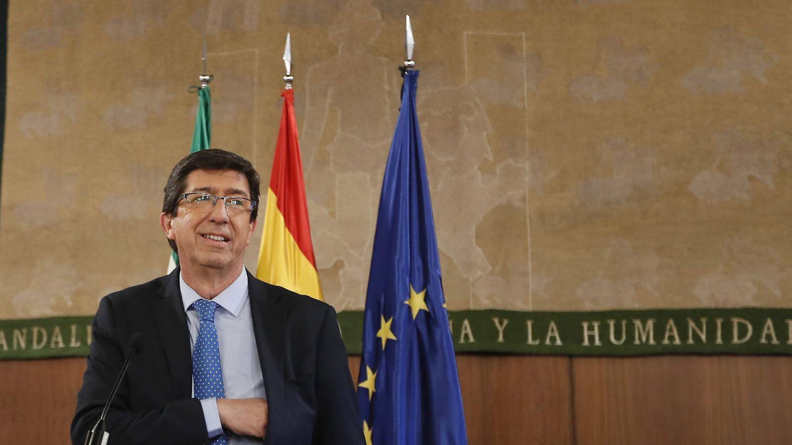 El líder de Cs a Andalusia, Juan Marín, ahir fent declaracions als mitjans des de Sevilla.