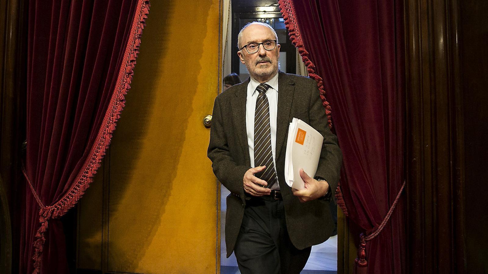 El síndic de greuges, Rafael Ribó, abans d'explicar un informe al Parlament.