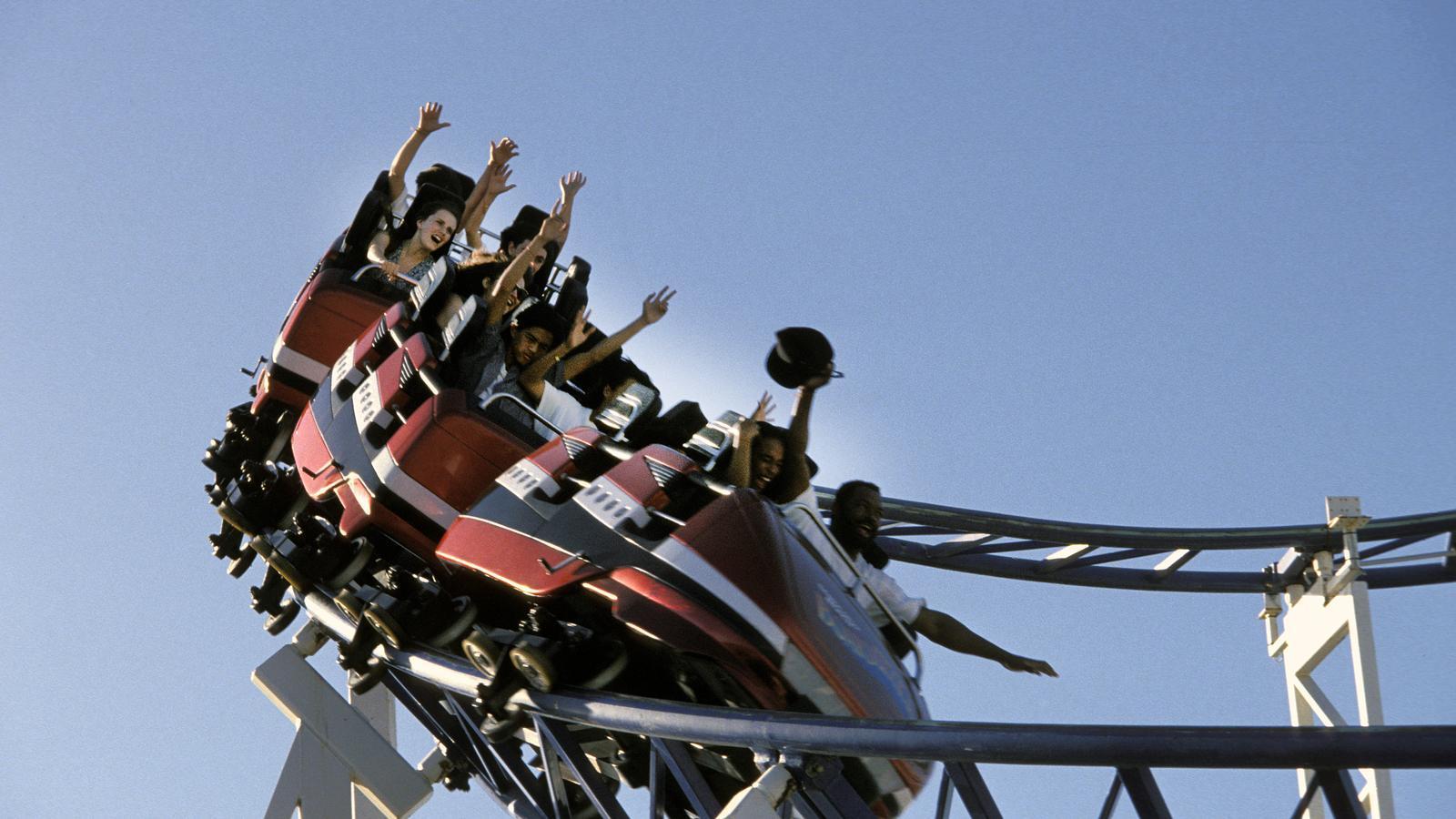 Una de les muntanyes russes de Six Flags Magic Mountain.