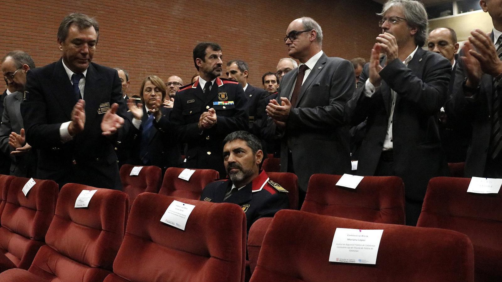 Trapero va rebre un esclat d'aplaudiments l'octubre del 2017 en la inauguració del curs acadèmic de l'ISPC.