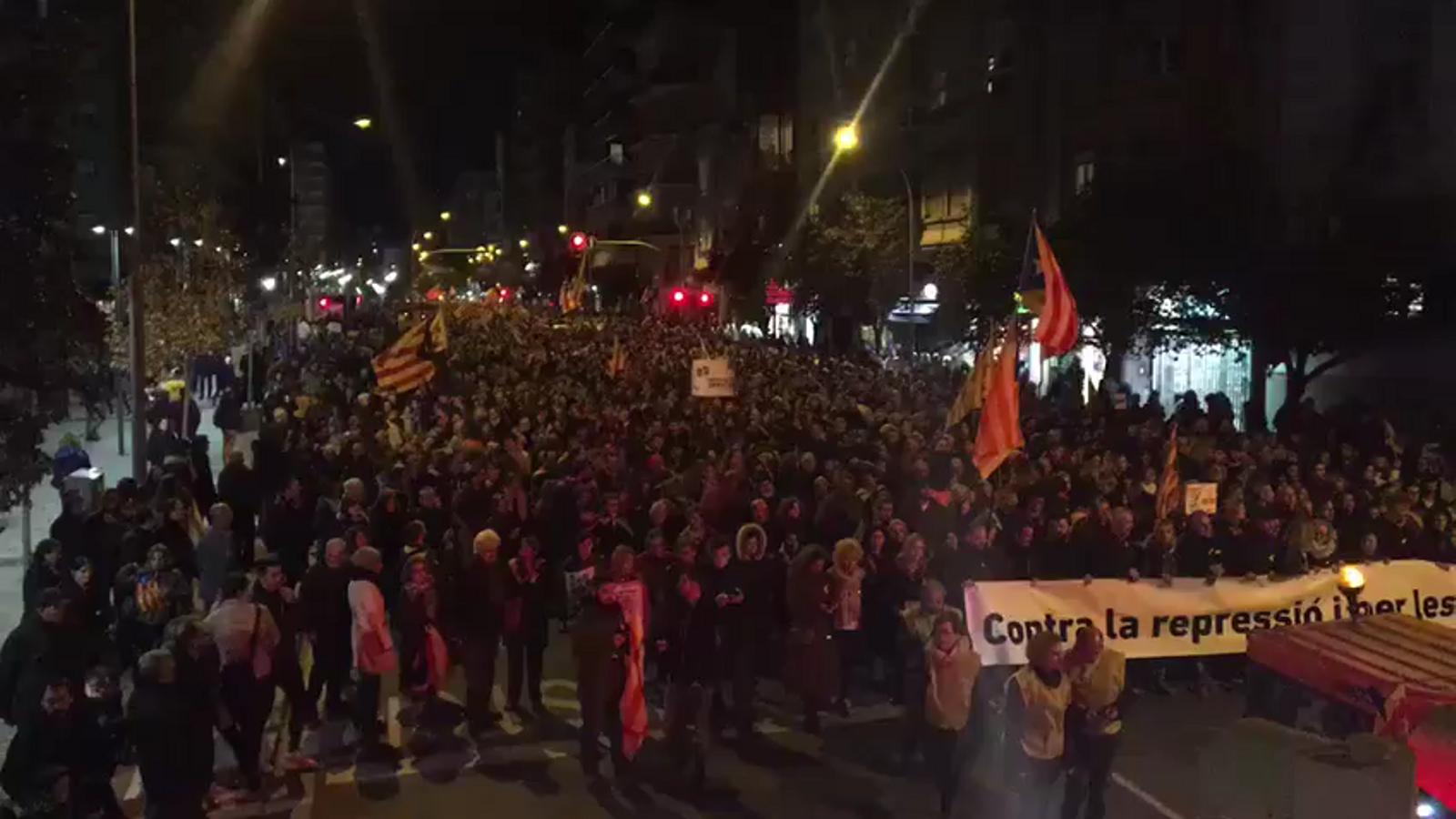 Vídeo: No esteu sols. Milers de persones es manifesten a #Lleida per la llibertat