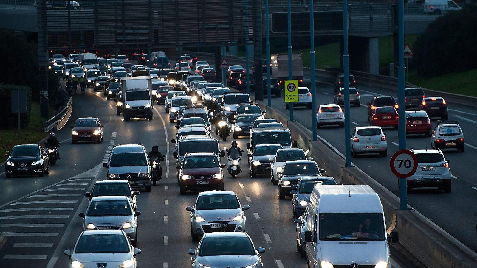 Els accidents de moto creixen un 36% en tres anys