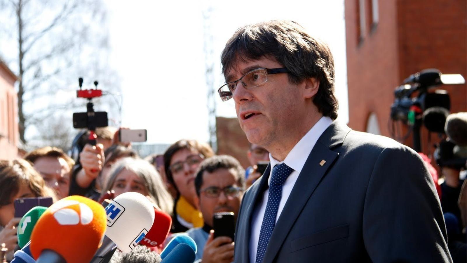 Primeres declaracions de Puigdemont en sortir de la presó de Neumünster