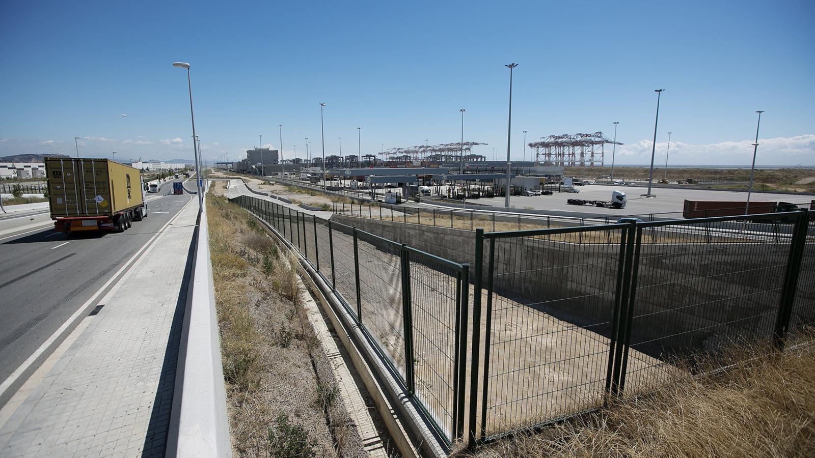 Tercer intent en 12 anys per desencallar els accessos del port