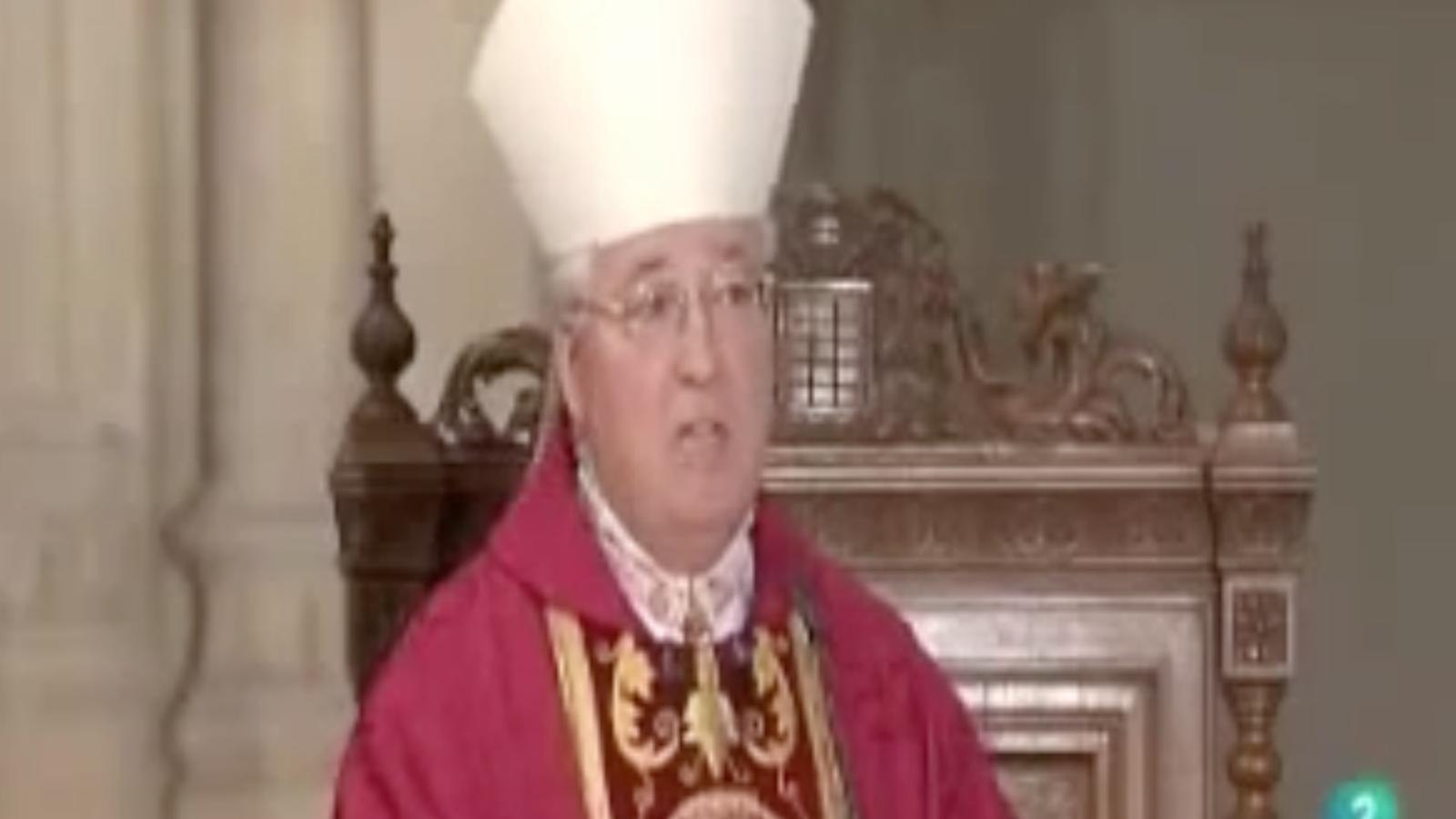 El bisbe d'Alcalà associa els gais amb la prostitució i els envia a l'infern en una missa de TVE