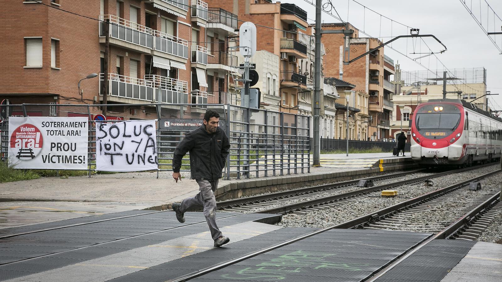 """El soterrament de la via a Montcada i Reixac: """"O ara o mai"""""""