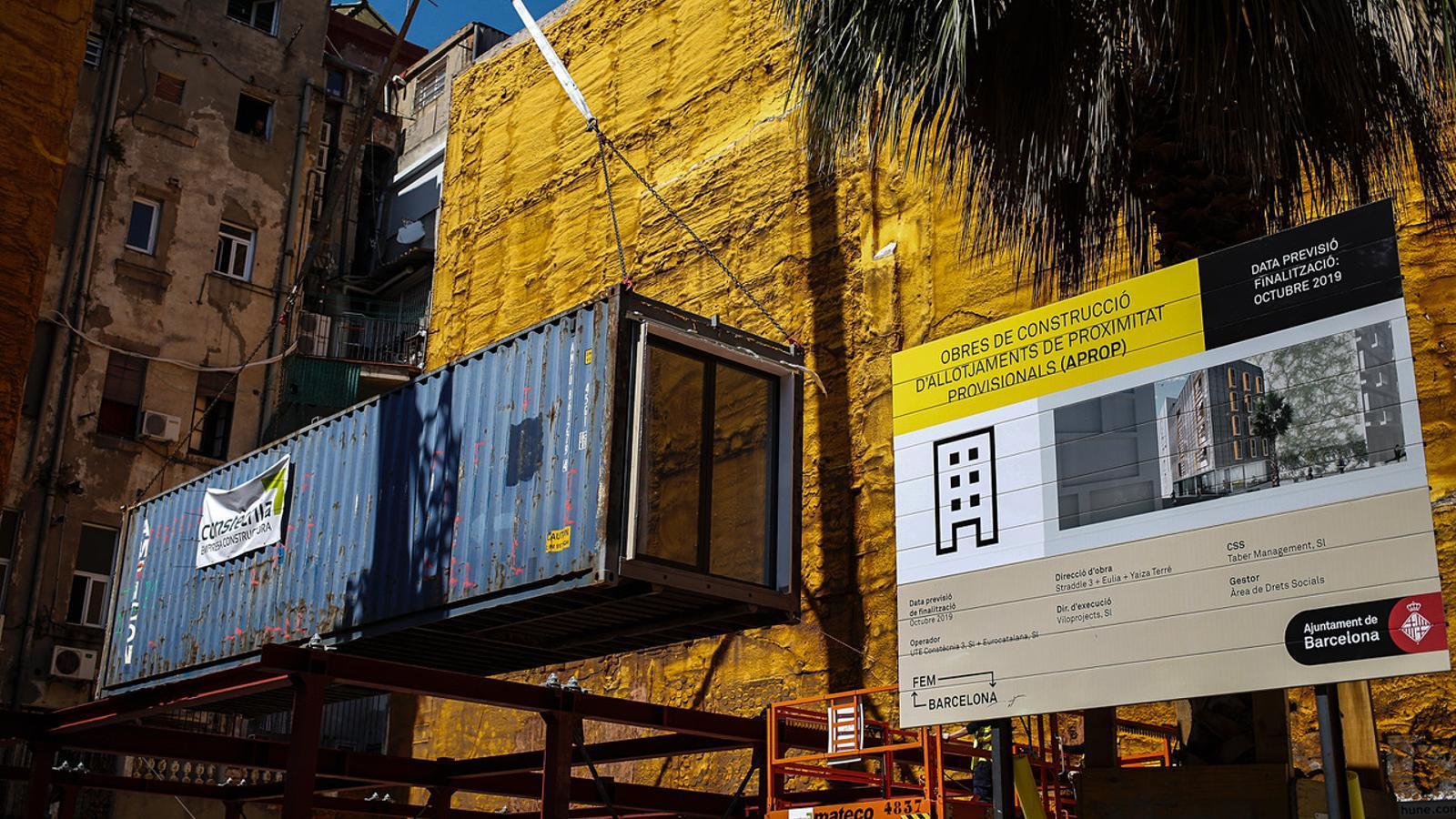 Imatge del mòdul que servirà per construir el primer immoble prefabricat de Barcelona, al Barri Gòtic / CÈLIA ATSET