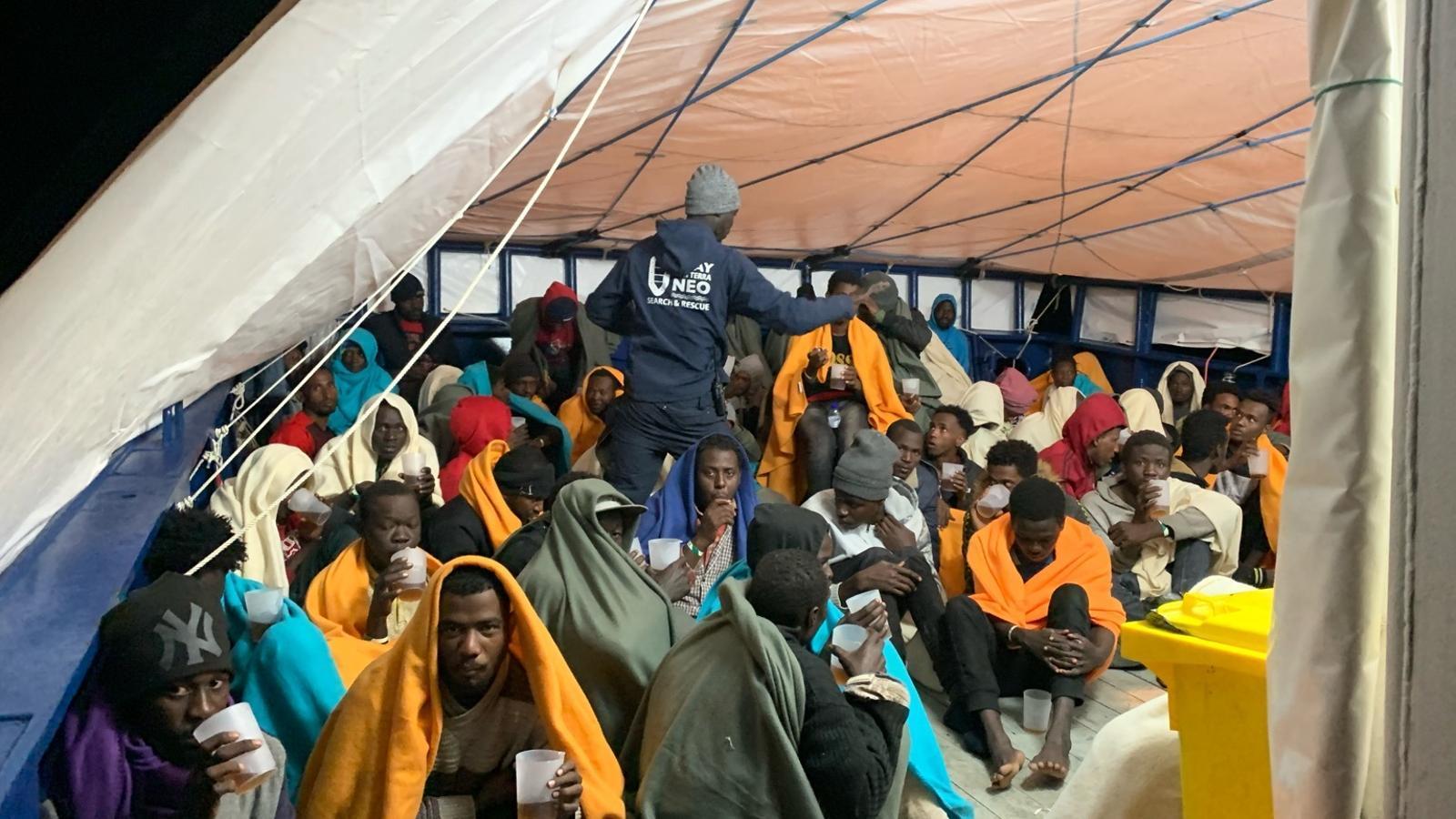 Un miler de migrants fugen en pastera de Líbia en 72 hores