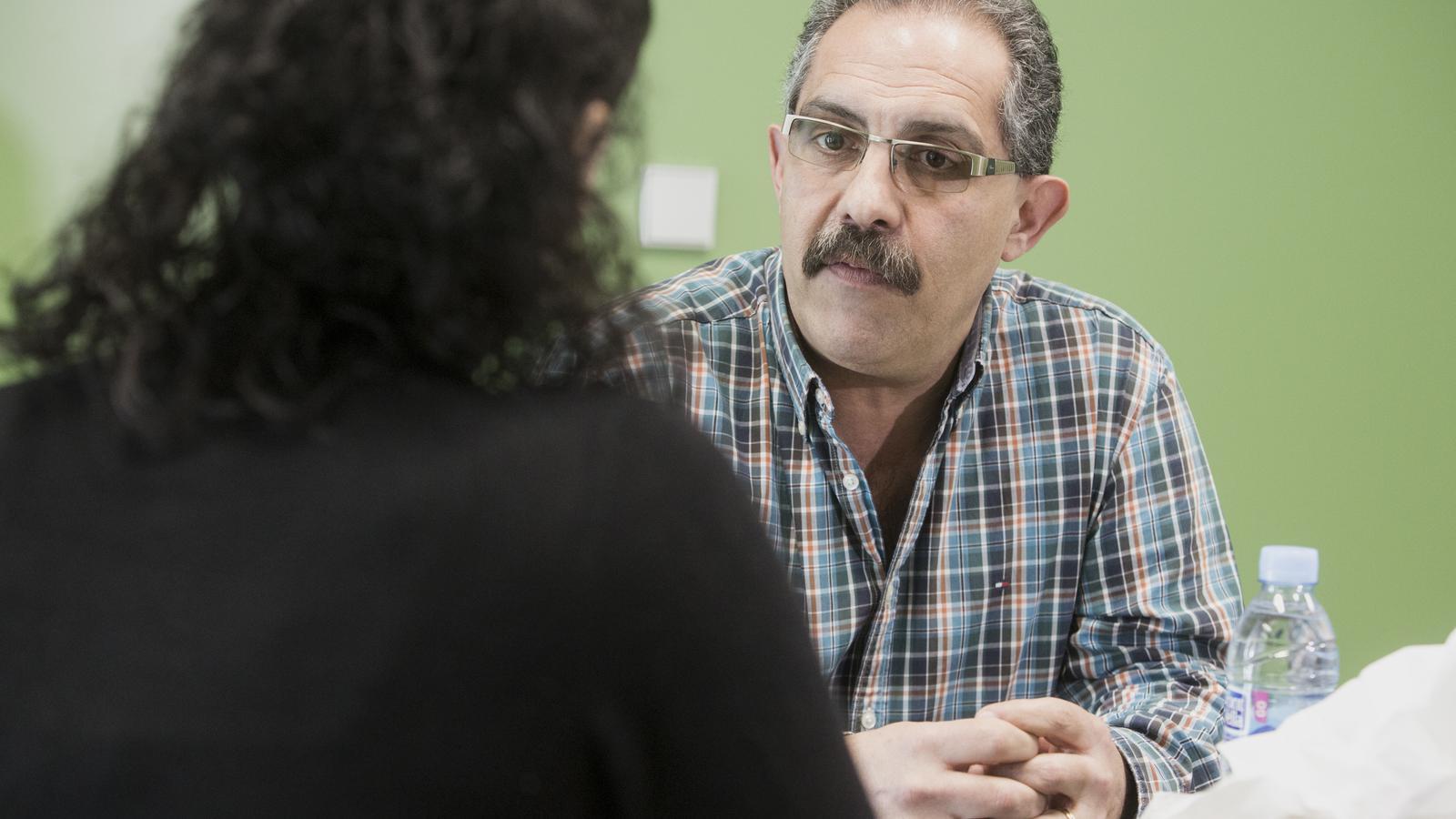 En Josep Maria és un dels tècnics que treballa al servei d'acompanyament de les víctimes