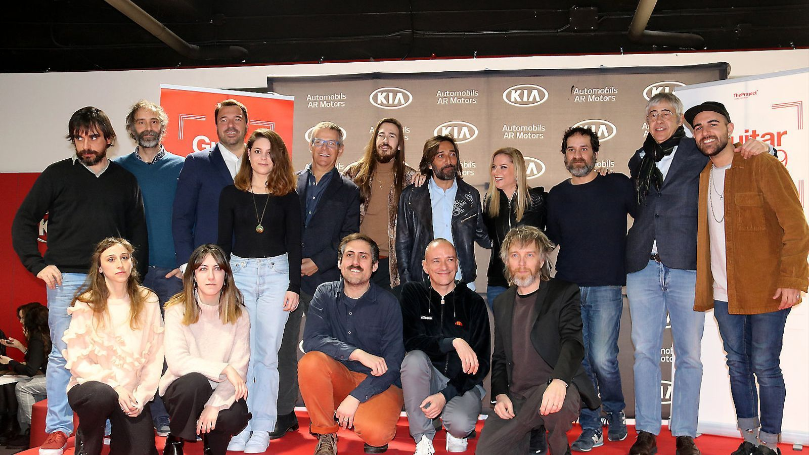 Alguns dels artistes que actuaran al festival, ahir a Barcelona.