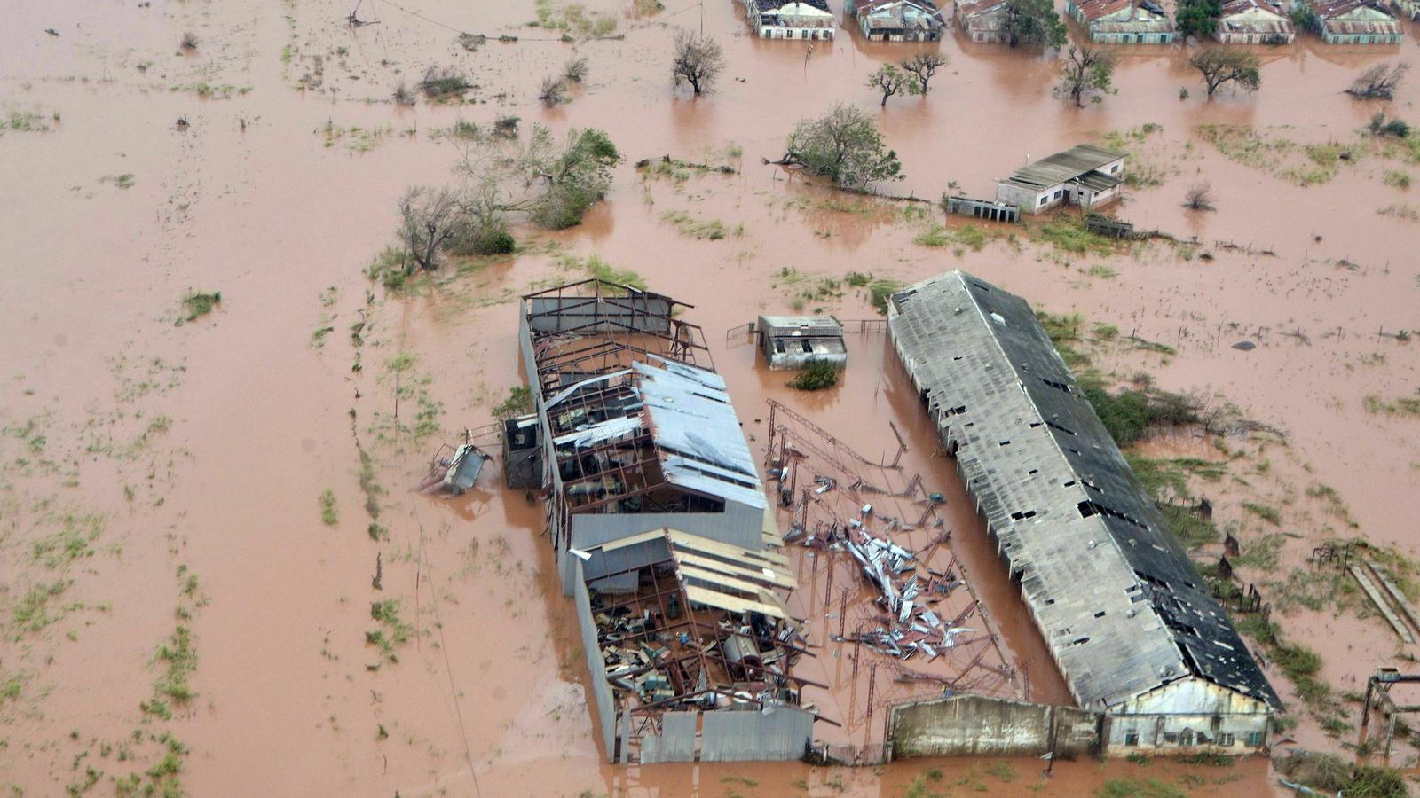 Hospital de Beira destruït per les inundacions