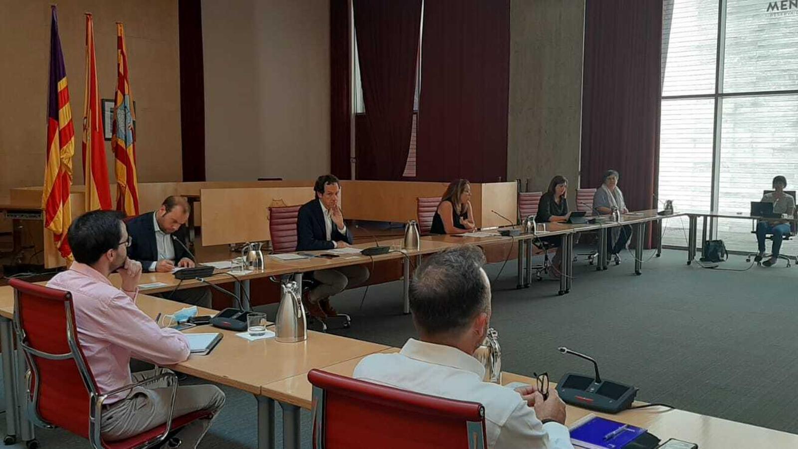Marc Pons ha estat acompanyat pels representants de les principals administracions de Menorca.