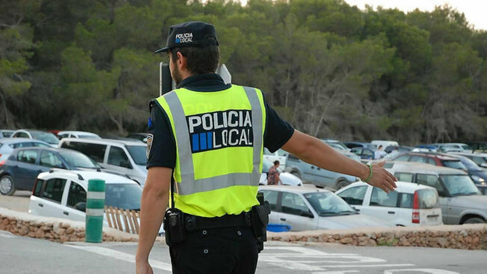 Molts pobles pateixen la manca de policia local.