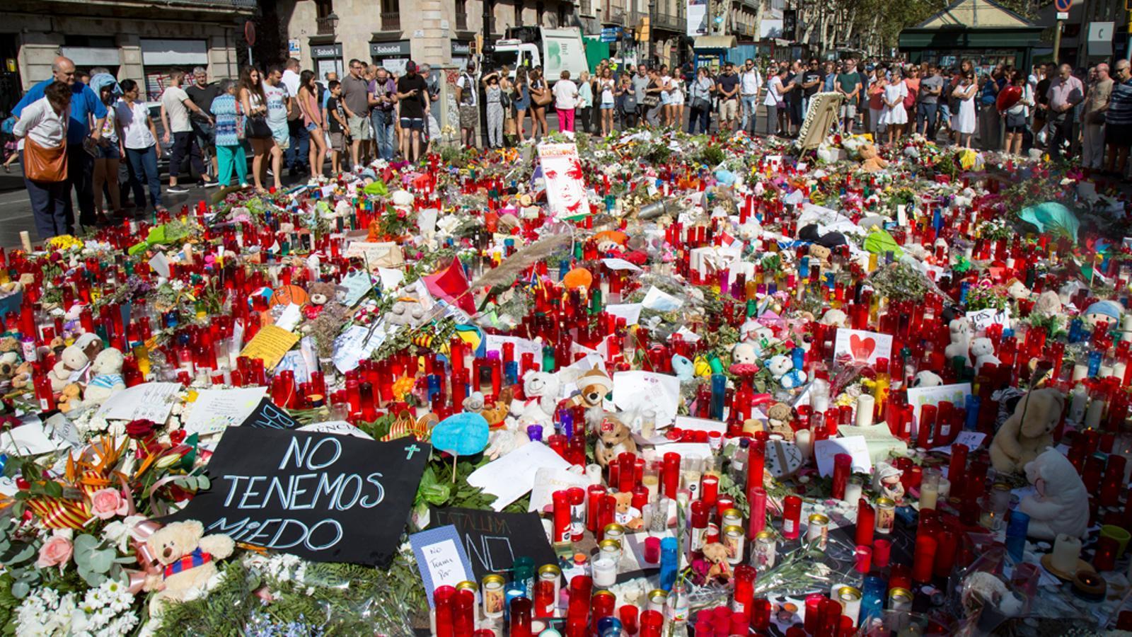 La solidaritat de Barcelona amb les víctimes de l'atac a la Rambla