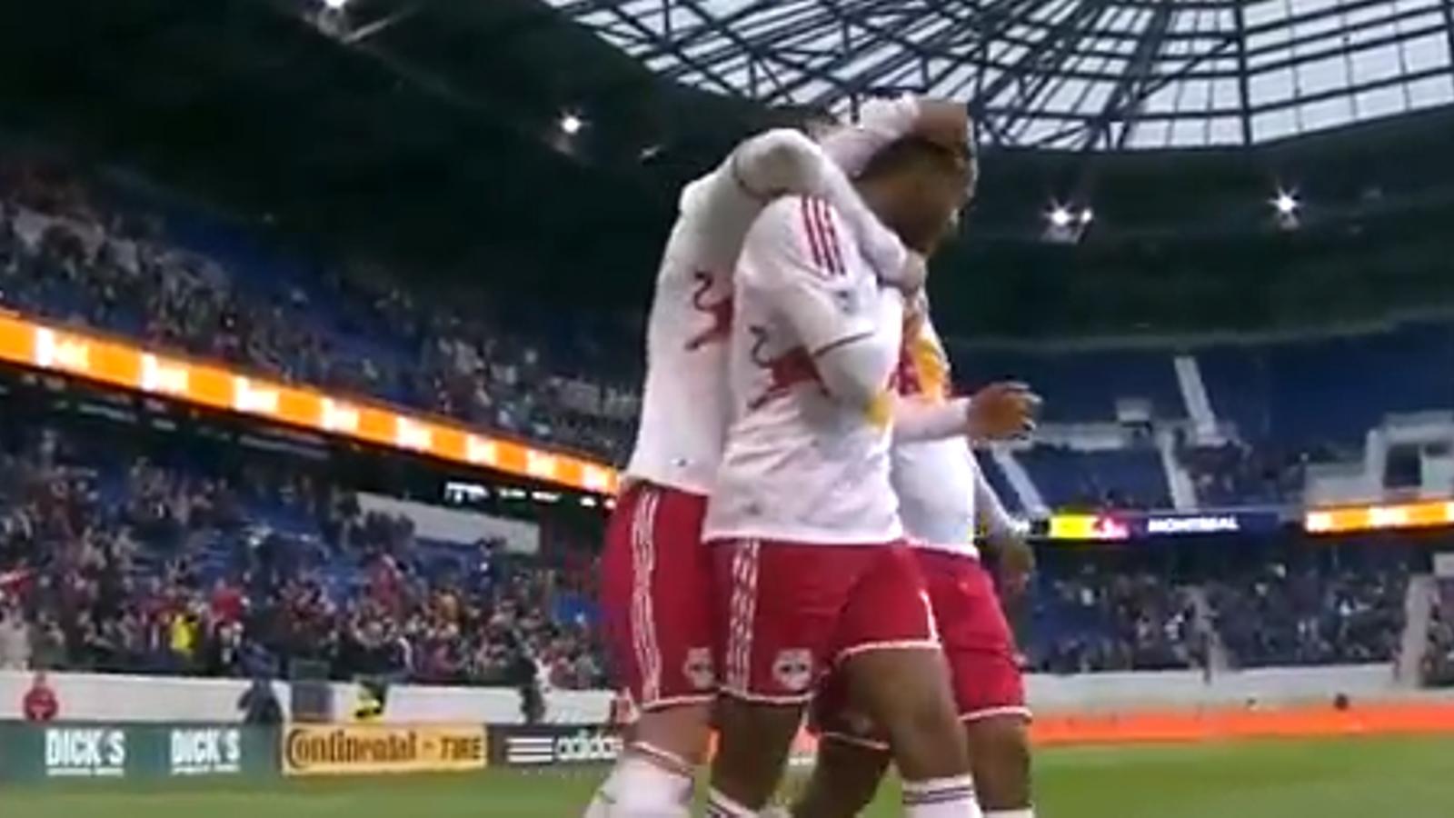 'Hat trick' de Thierry Henry als Estats Units, on ha estat escollit millor jugador del mes de març