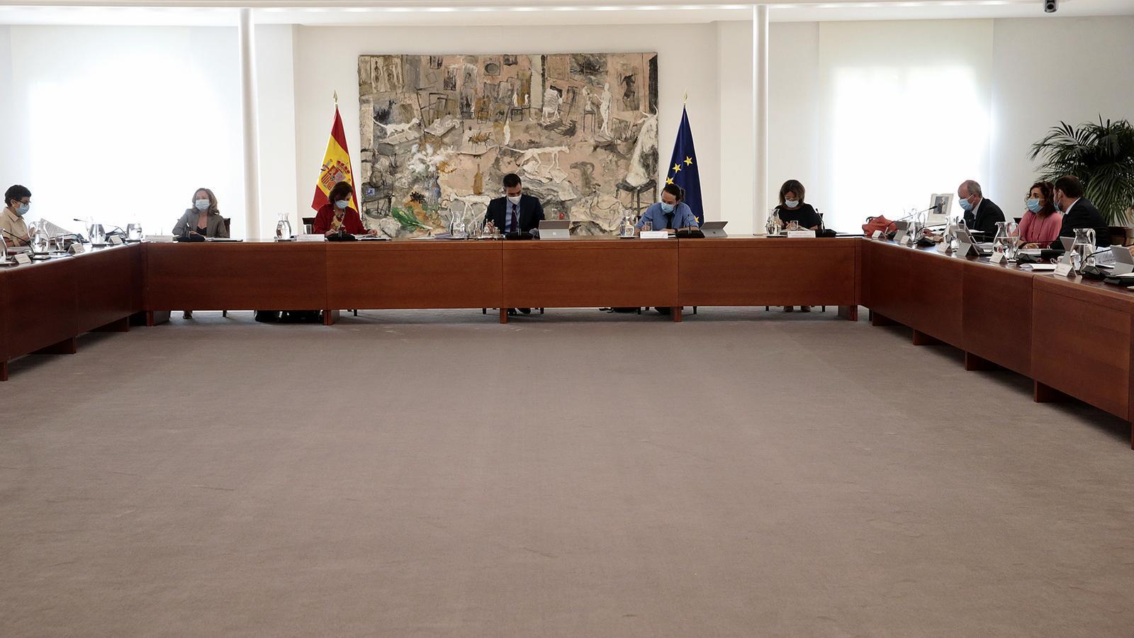 El president del govern espanyol, Pedro Sánchez, encapçalant la reunió del consell de ministres