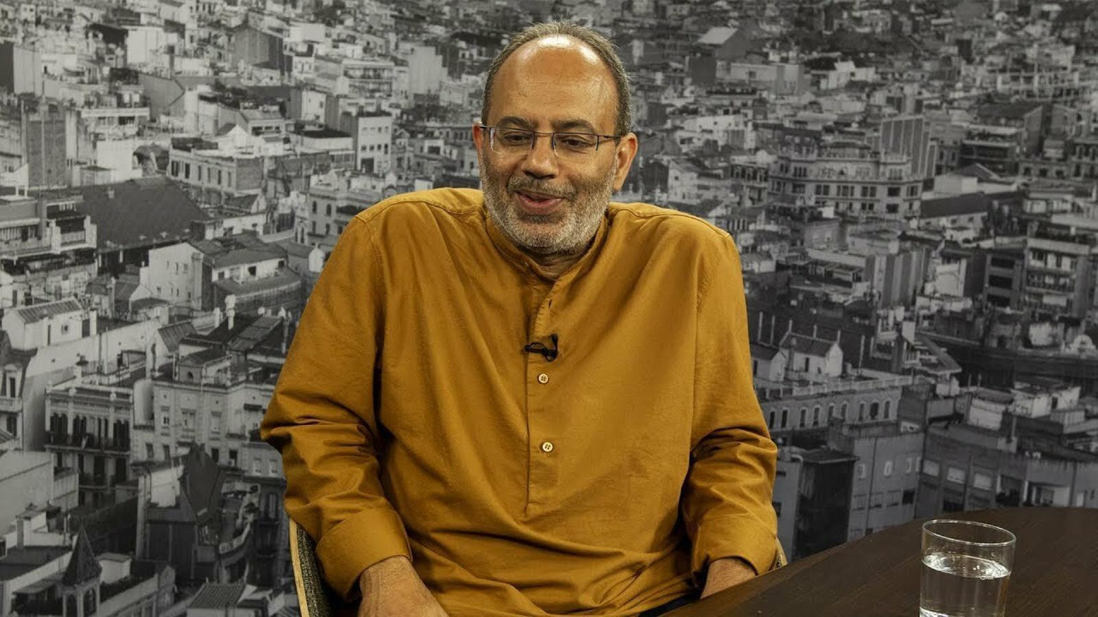 """Carlos Lopes: """"No hi ha una invasió africana a Europa"""""""