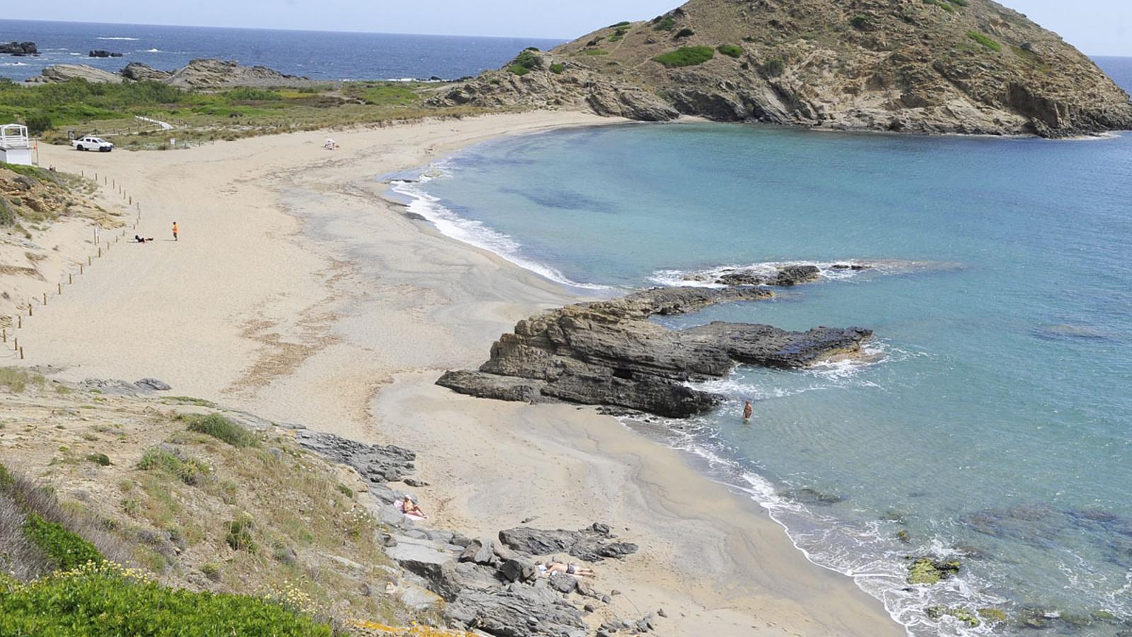 Sa Mesquida és una de les platges on s'ha actuat aquest cap de setmana.