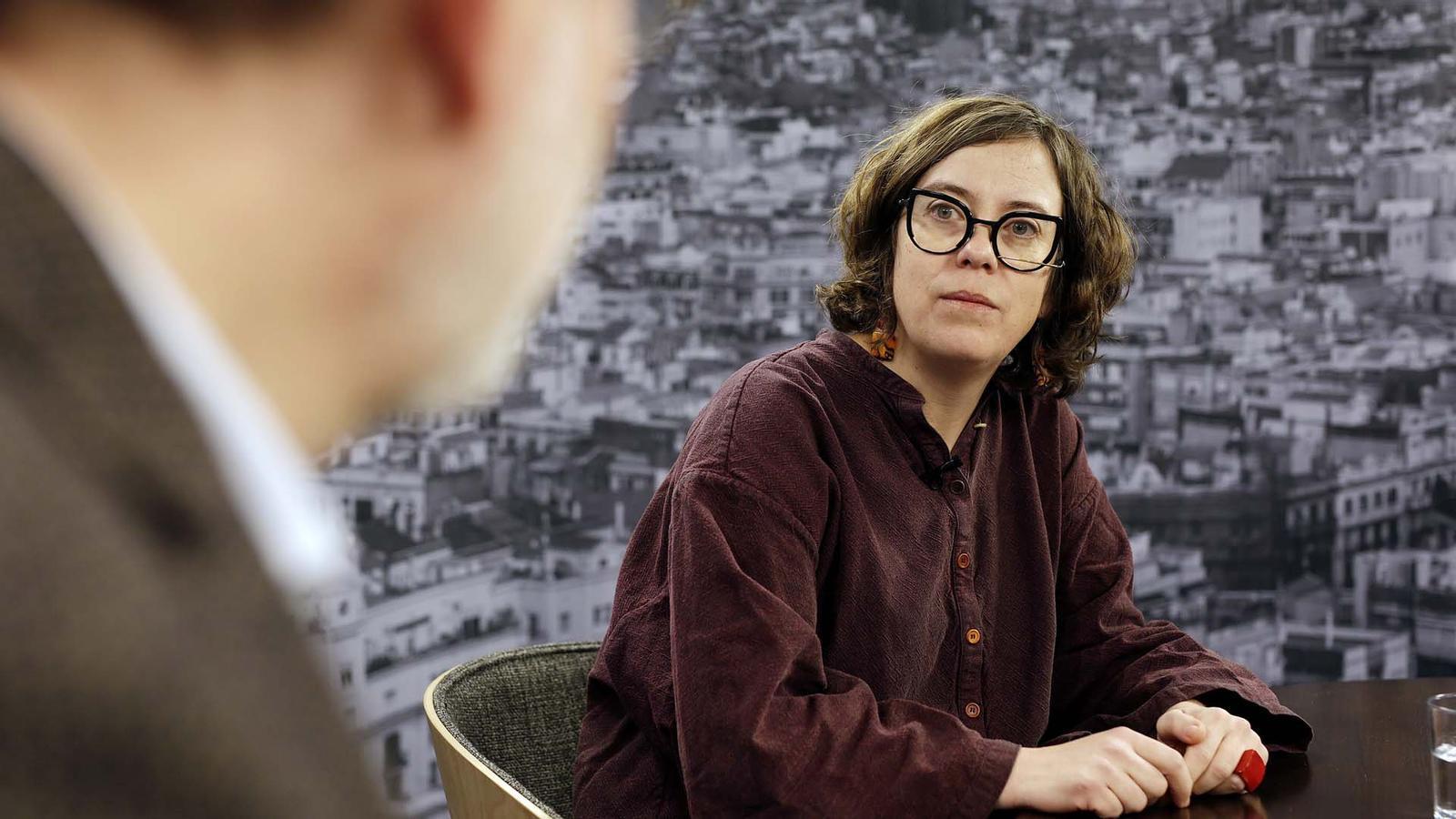 Entrevista d'Antoni Bassas a Eulàlia Reguant