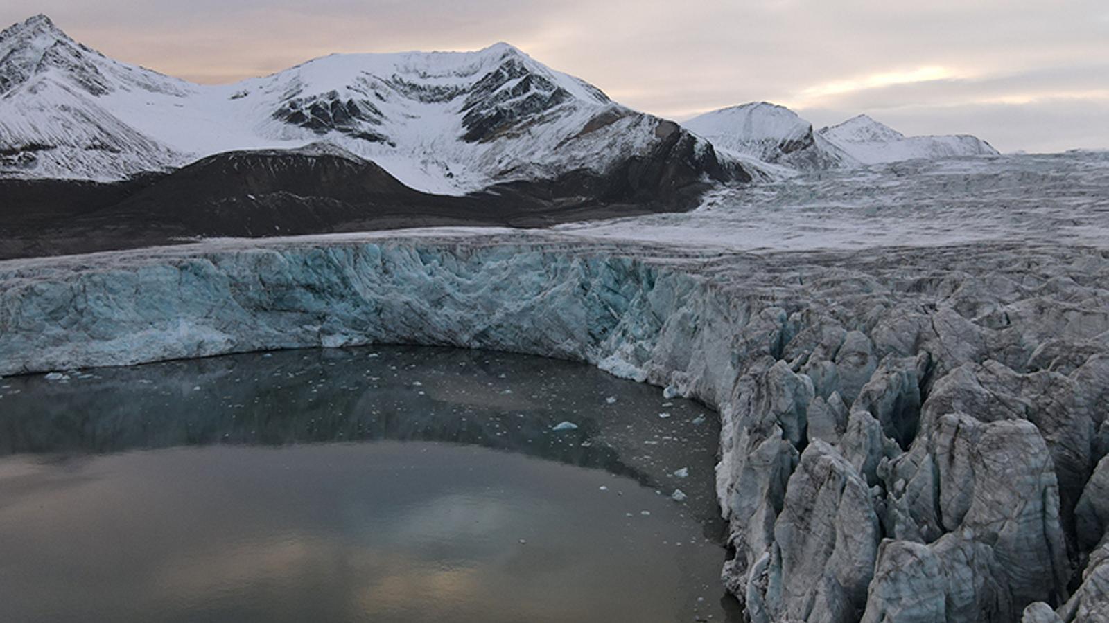 El gel de l'Àrtic se situa en mínims històrics després d'un setembre amb temperatures rècord