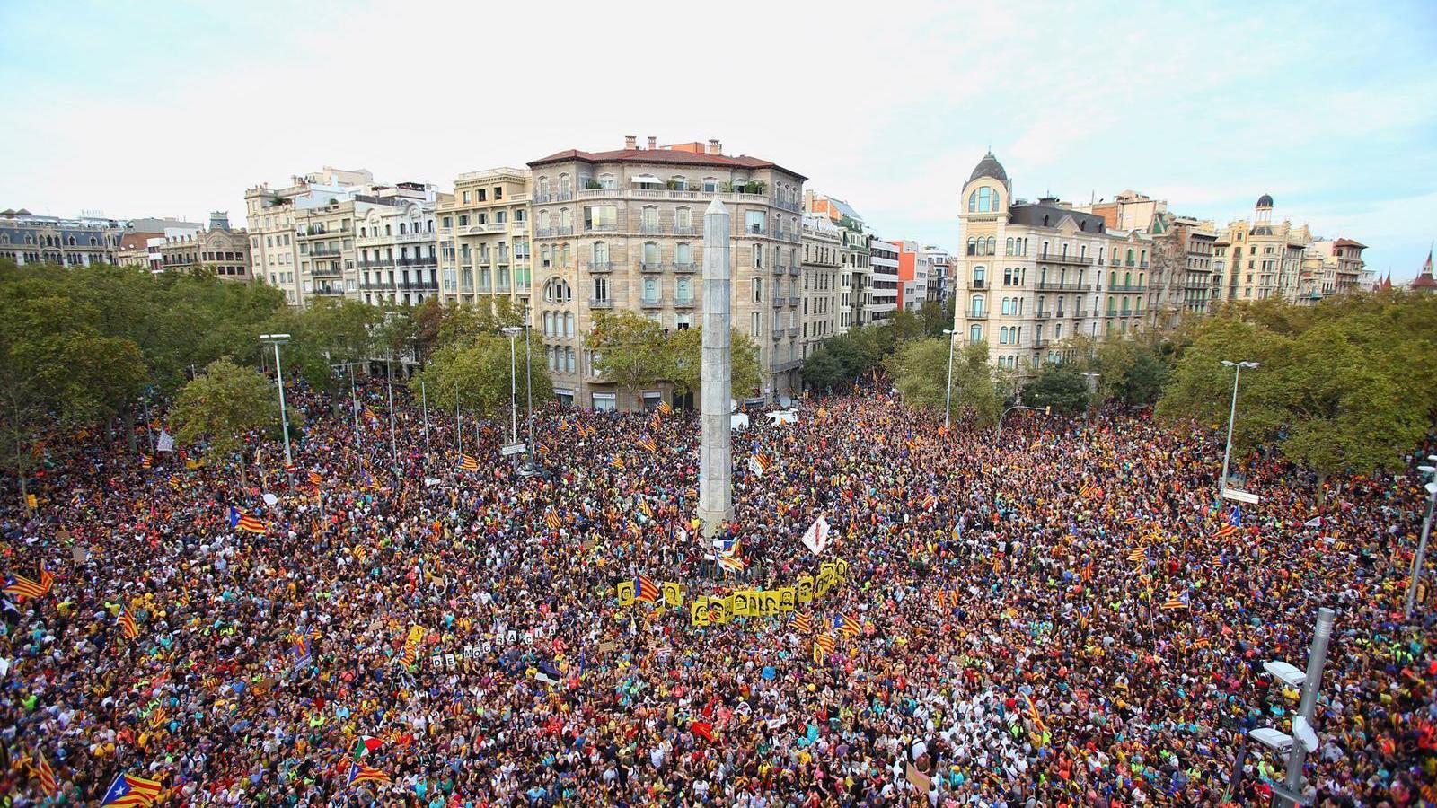Cap de setmana de manifestacions a favor i en contra de la sentència del Procés