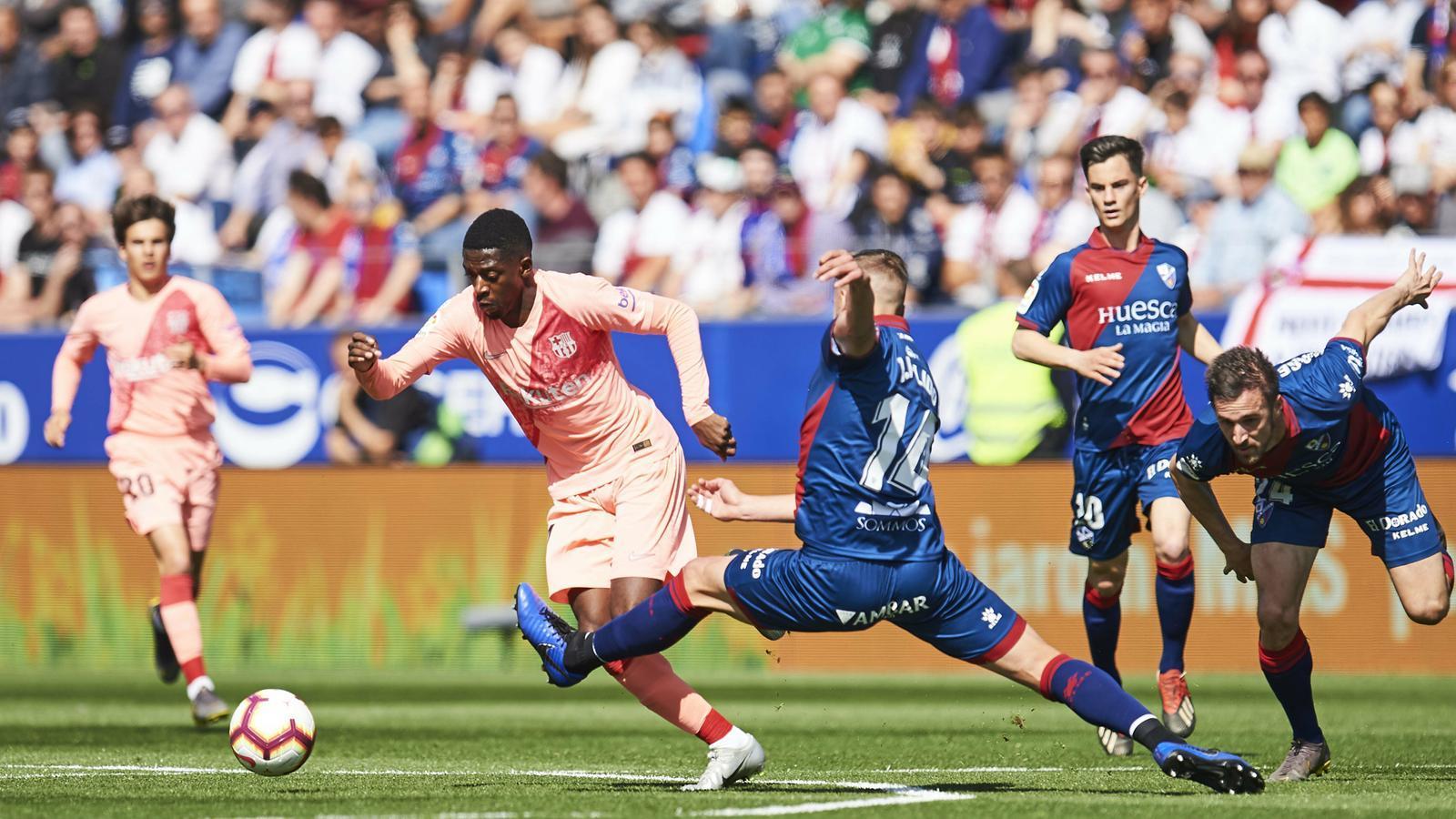 Un Barça tan inèdit com ensopit empata a res contra l'Osca (0-0)