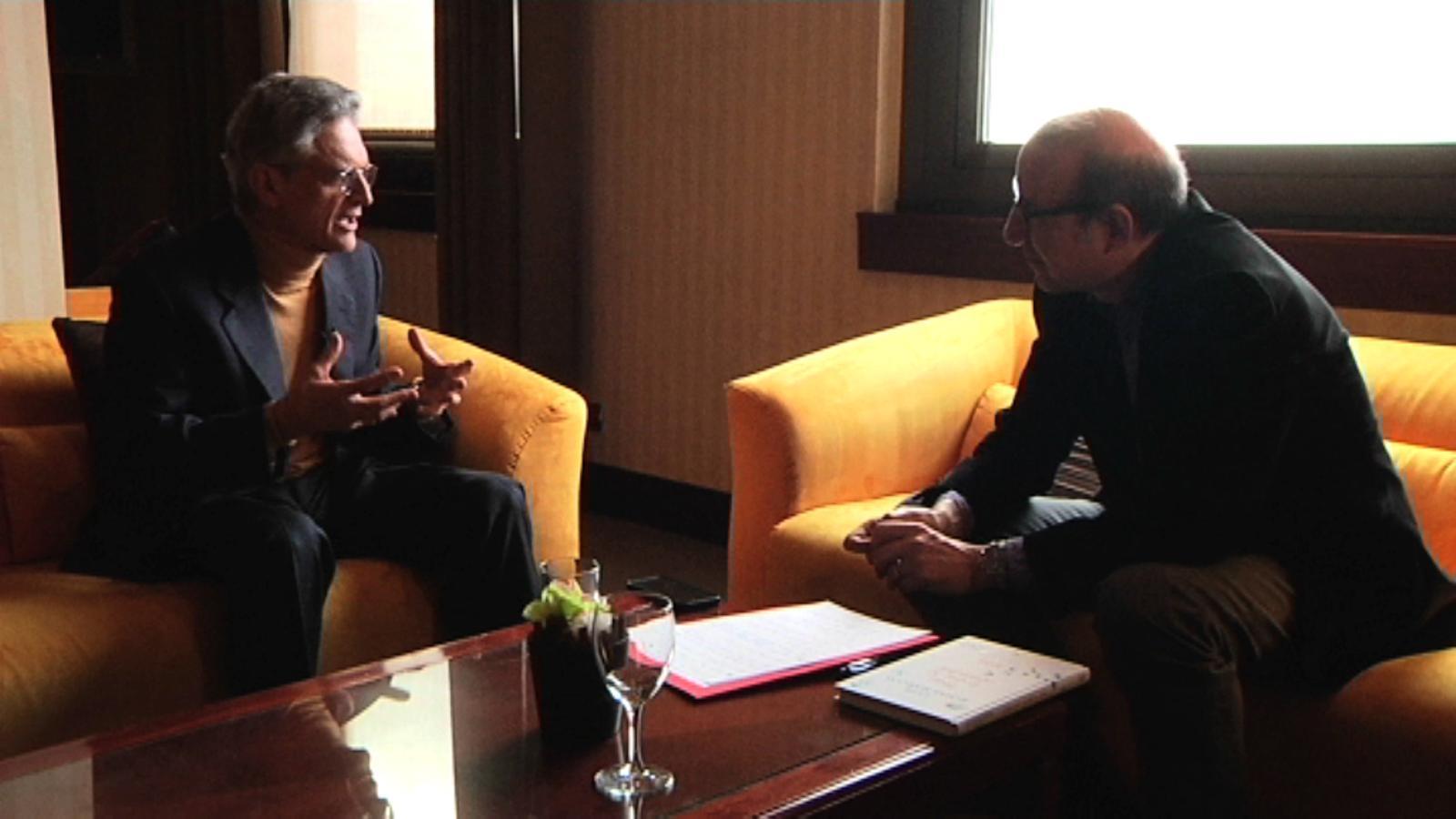 Entrevista d'Antoni Bassas a Luis Rojas Marcos