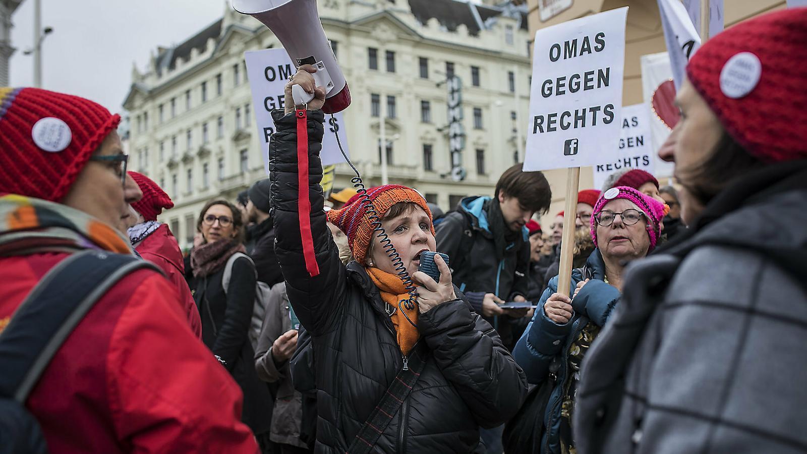 Les àvies d'Àustria, contra la ultradreta