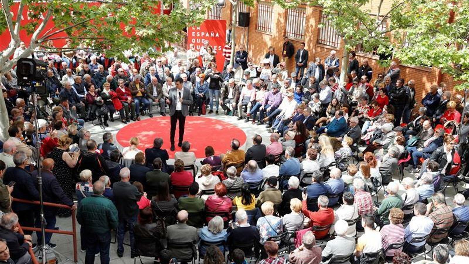 """El PSOE explicita al programa el rebuig a l'autodeterminació i al 155 """"permanent"""""""