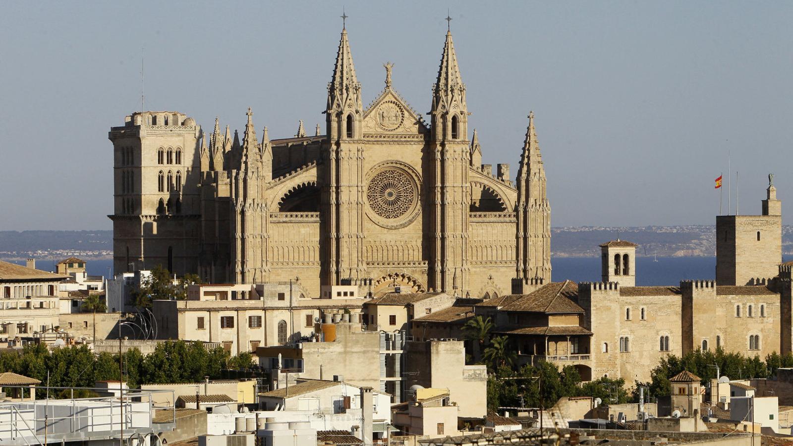 Les immatriculacions de l'Església: d'un hort a Galilea fins a la Seu de Mallorca