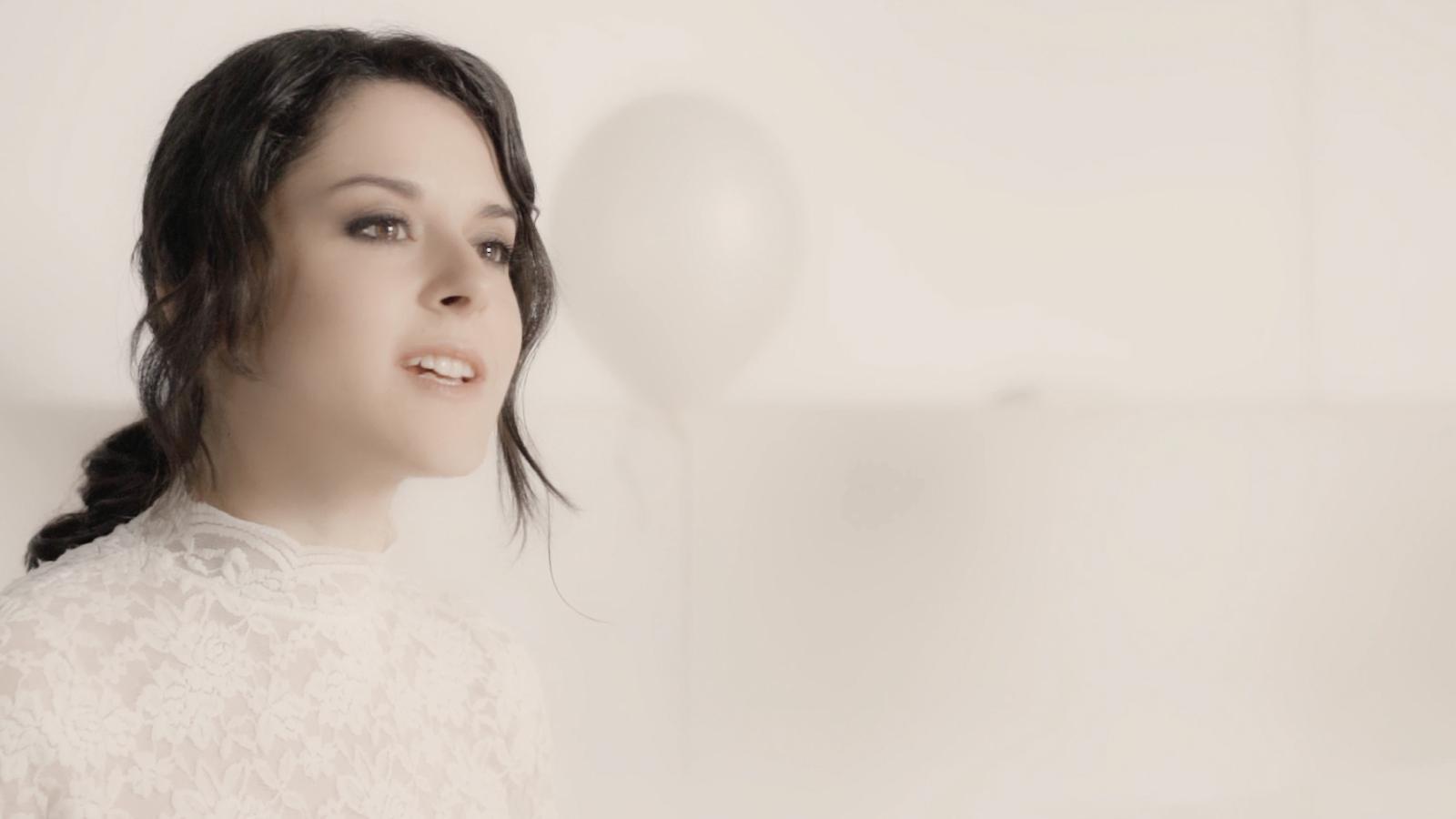 Miriam Luna estrena el videoclip 'Isn't she lovely
