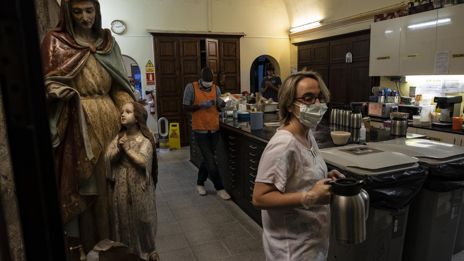 Les entitats socials llancen un SOS per la falta de fons per ajudar en la pandèmia