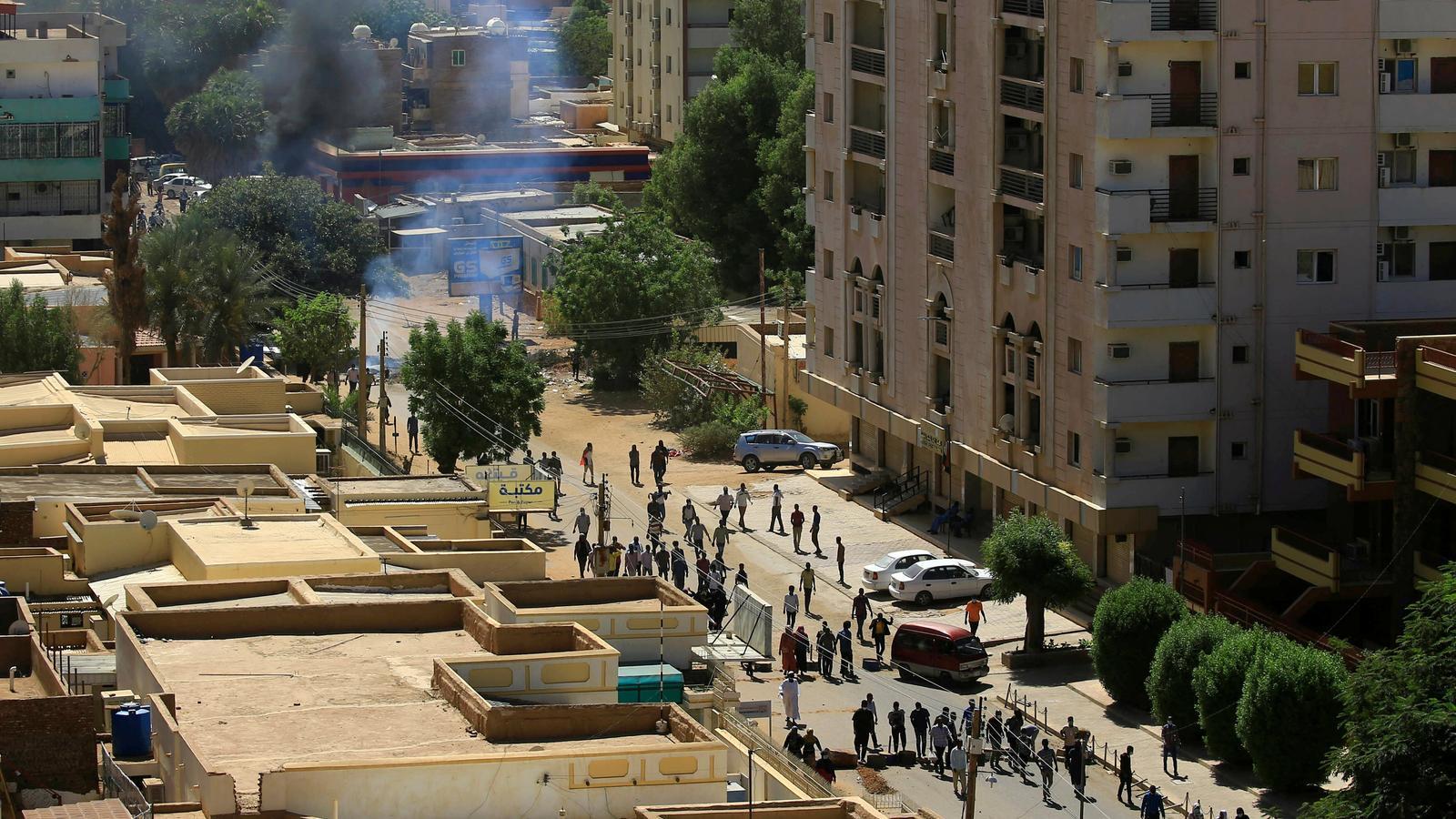 L'exèrcit del Sudan impedeix que la policia dissolgui les protestes contra el president