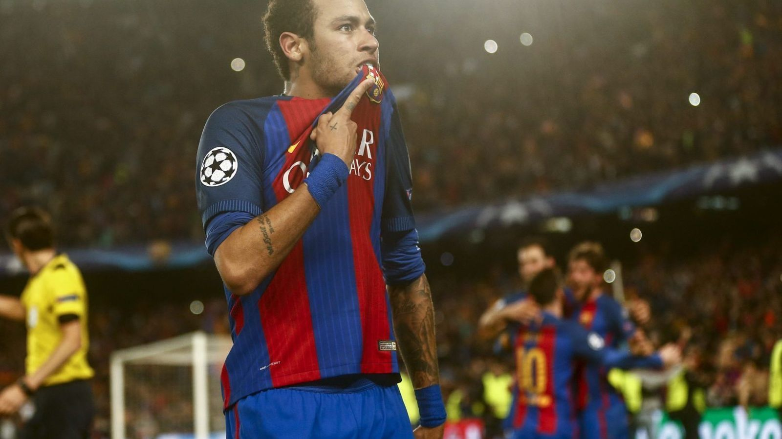Neymar celebrant el sisè gol del Barça ahir al Camp Nou.