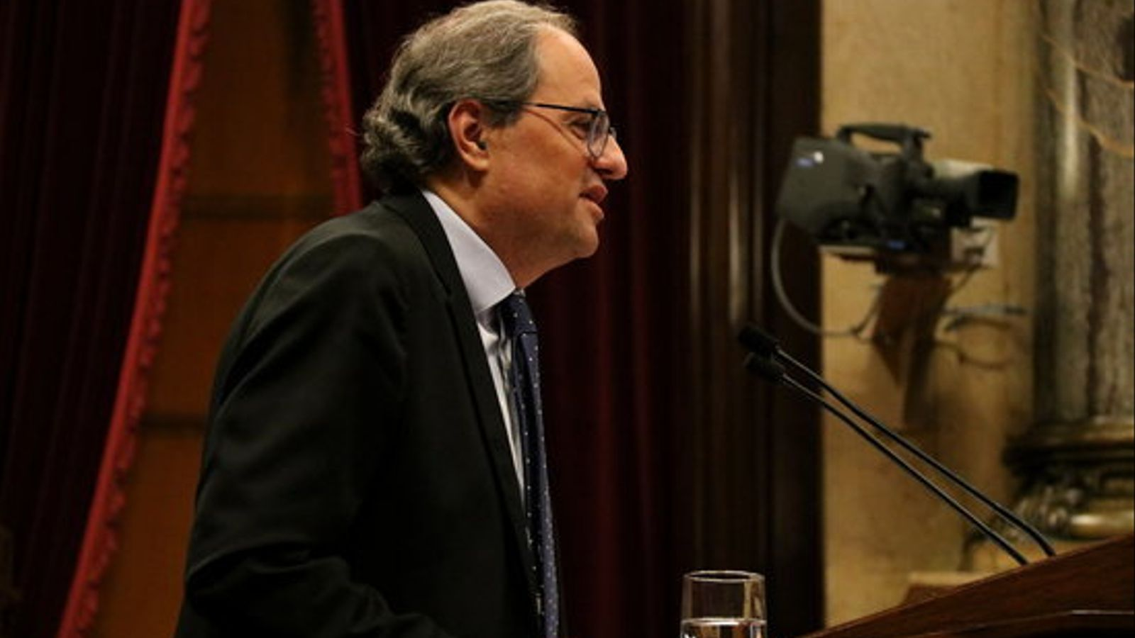 El president de la Generalitat, Quim Torra, en una intervenció al faristol del Parlament